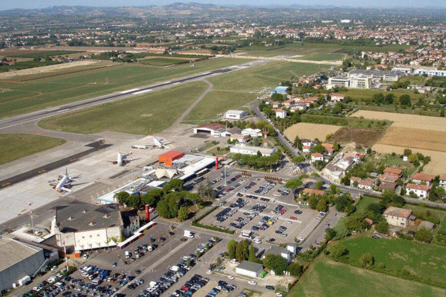 """Aeroporto """"Ridolfi"""" di Forlì: finalmente si riparte"""